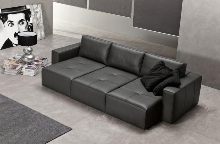 Klauss divano in pelle divani e relax exc sofa torino arredamenti traiano for Arredamenti traiano torino