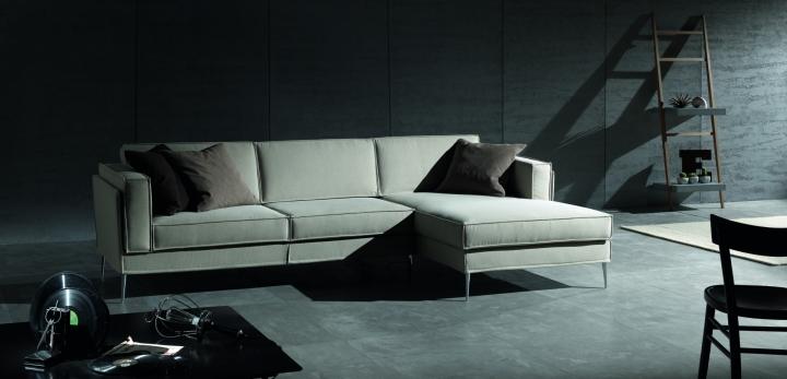 https://www.arredamentitraiano.com/images/957-2-exco-sofa-status-divano-in-tessuto.jpg